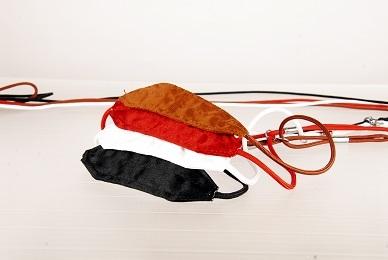SHOW TECH ринговка 3/100 мм с шелковой подкладкой под шею, коричневая, 93STE197