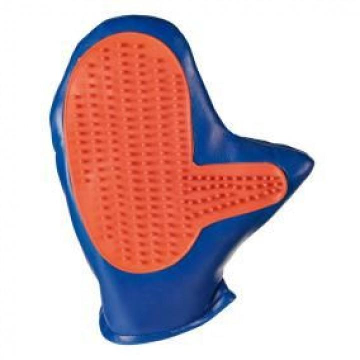 Trixie рукавица массажная для грызунов в ассортименте