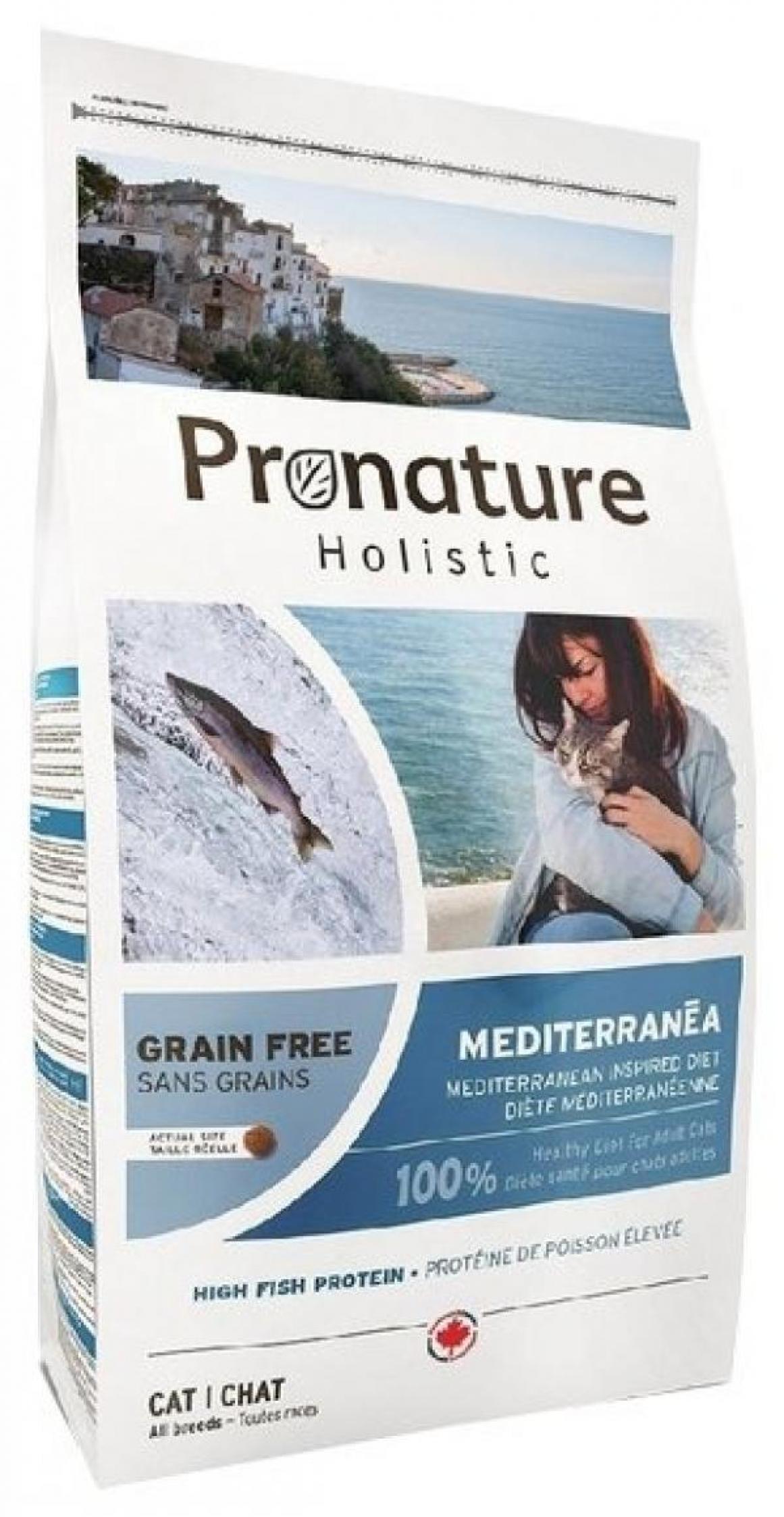Pronature корм для взрослых кошек всех пород, с сельдью, лососем и чечевицей 2 кг