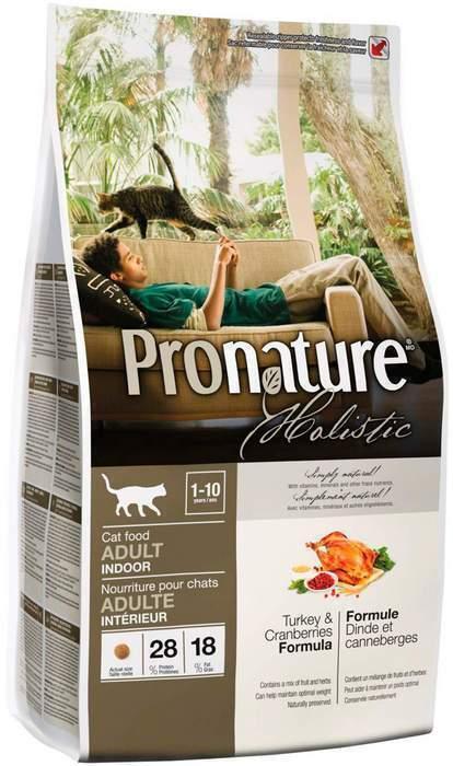 Pronature корм для взрослых кошек всех пород, живущих в помещении, индейка с клюквой 2,72 кг